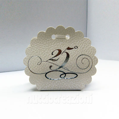 scatola nuvola 25 anni ideale per il fai da te, senza confetti € 0,60