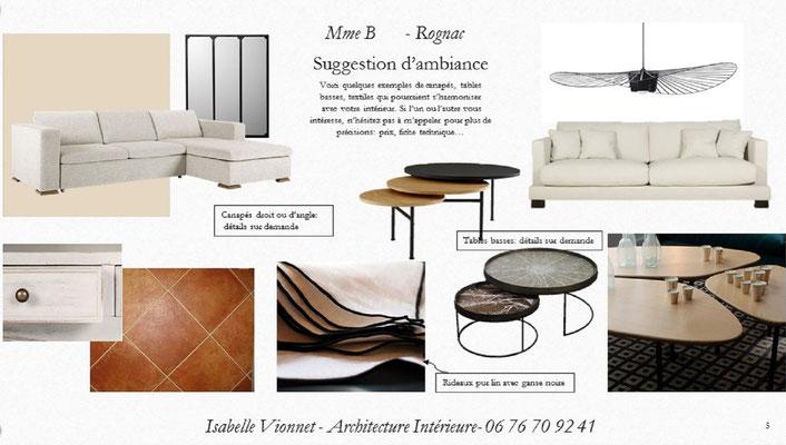 Planche d'ambiance pour un séjour chic et contemporain dans les teintes blanc, beige et terre cuite. Tables basses  gigognes rondes. Suspension Vertigo.