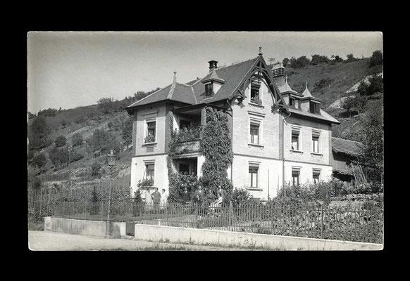 Fotografie vor 1930,    Wohnhaus an der Schlosstalstrasse 30 (abgebrochen)