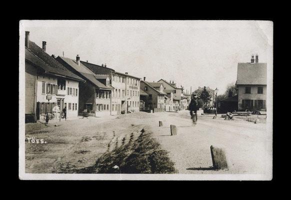 Fotografie vor 1925,   Zürcherstrasse Stadteinwärts (rechts die Klosterstrasse)