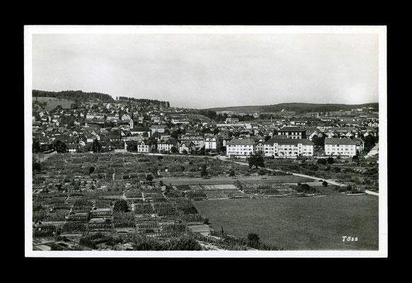 Fotografie ca. 1930,     Die Pünten mussten Rieter weichen - rechts steht heute das Schulhaus Rosenau