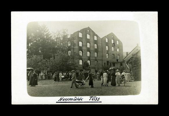Fotografie Juni 1924,    . . . . Tage nach dem Brand der Neumühle Töss
