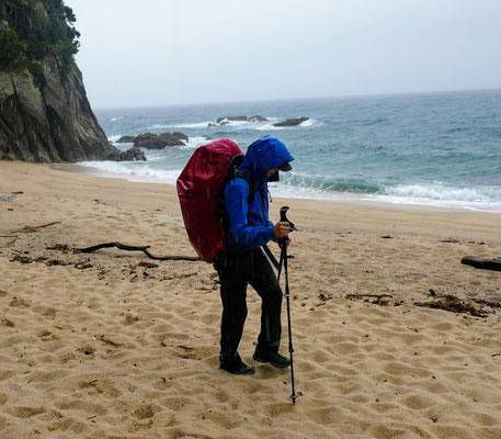 Der extremste Test - eine achtstündige Wanderung bei Dauer-Starkregen