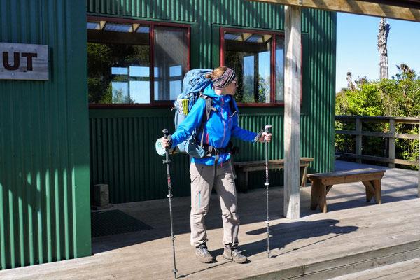 Die R'ADYS Travel Softshell Pants im Einsatz auf dem Te Araroa durch Neuseeland.