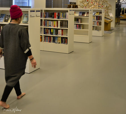 Bibliotheek_Shoot_Pop_Up_Yoga04