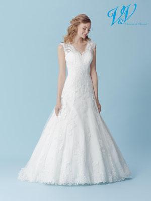 Brautkleid mit Spitze München myLovely A-linie mit Träger Schlüsselloch Rückenausschnitt elegant fit & flair figurbetont