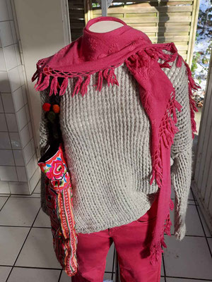 Wollpullover für Damen, Kaschmirschal