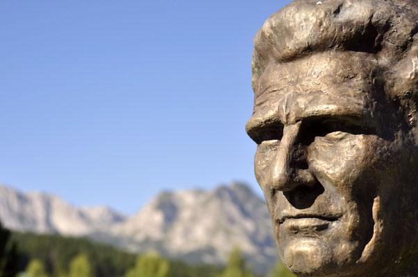 Montenegro, Žabljak, monumento ai caduti nella lotta di liberazione nazionale - fotografia di Vittorio Ferorelli