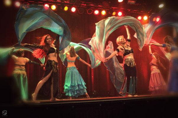 Oriental Rainbow Show - Kufa Krefeld - Iskandas Schülerinnen - Schleiertanz- orientalischer Tanz - Lady-Sahmara-Photo - Kerstin Ellinghoven/Samara Blue - Fotografin Krefeld