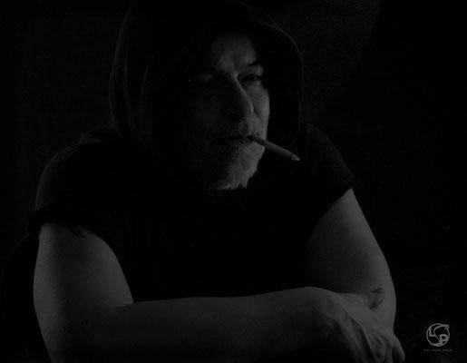 Dark Dhot - Männer Porträt - Monochrome - Lady-Sahmara-Photo - Kerstin Ellinghoven/Samara Blue - Fotografin in Krefeld