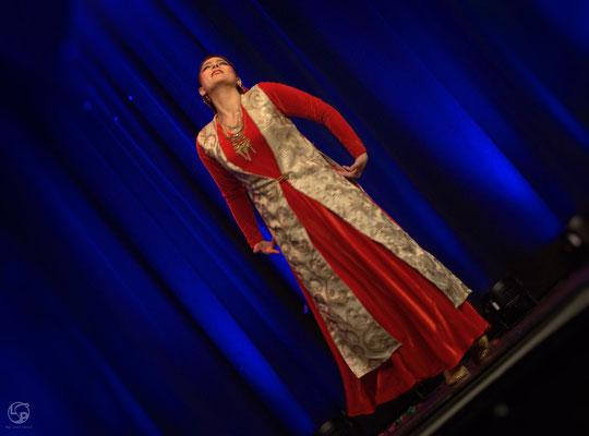 Oriental Rainbow Show - Kufa Krefeld - persischer Tanz -Shadi Abpaykar- Lady-Sahmara-Photo - Kerstin Ellinghoven/Samara Blue - Fotografin Krefeld