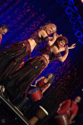 Oriental Rainbow Show - Kufa Krefeld - Livepercussion - Trommelgruppe Tabla Yalla  - Lady-Sahmara-Photo - Kerstin Ellinghoven/Samara Blue - Fotografin Krefeld