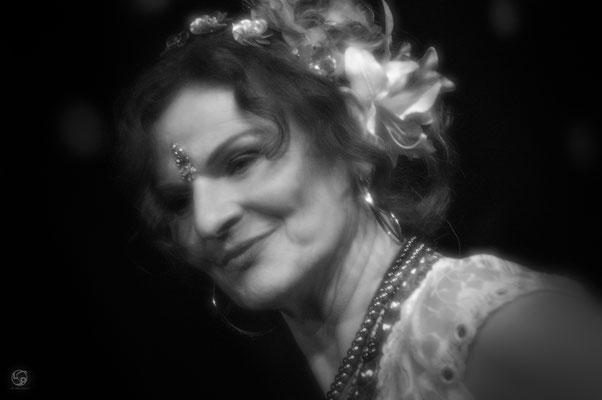 Porträt - Lady-Sahmara-Photo - Kerstin Ellinghoven/Samara Blue- Fotografin in Krefeld