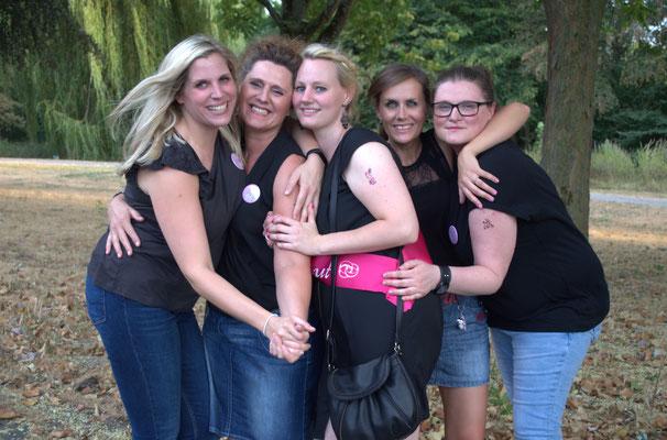 Junggesellinnen Abschied - Fotografin in Krefeld - Samara Blue - Lady-Sahmara-Photo - Kerstin Ellinghoven
