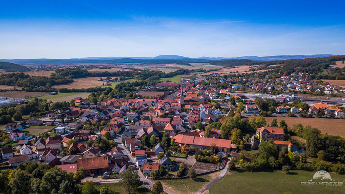 Unsleben auch von oben ein sehr schönes Dorf