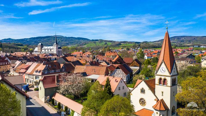 Blick von Altstadt Eingang Richtung Stadtmitte