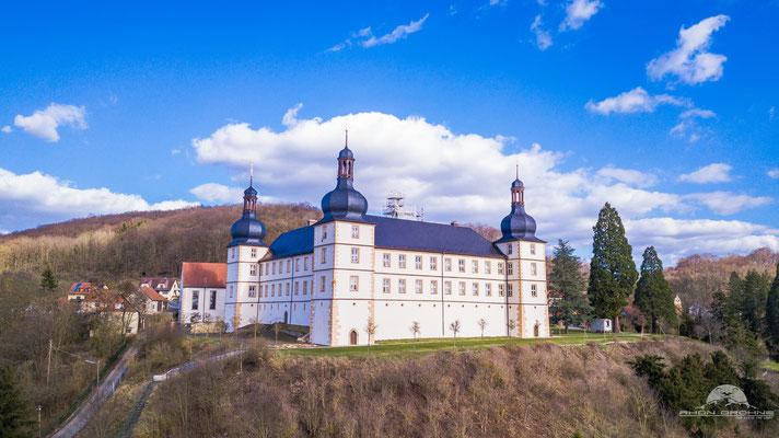 Das Schloss Sternberg liegt in der Gemeinde Sulzdorf an der Lederhecke