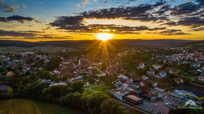 Sonnenuntergang über Ostheim