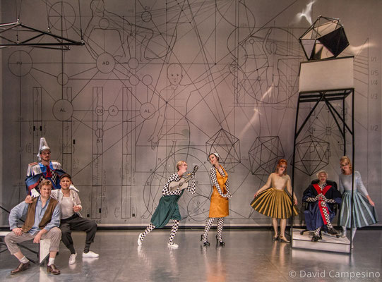 """Kostümrealisation für """"Merlins Insel oder Die verkehrte Welt"""", Kostümbild: Lisa Schoppmann"""
