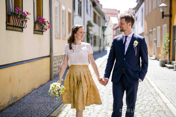 Hochzeitsrock mit Falten und versteckten Nahttaschen