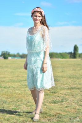 Brautkleid mit Spitzenkleid und seperatem Unterkleid- als Stillkleid designed