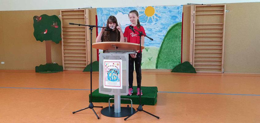 Kinderrede der Schulbloggerinnen Lara und Maria