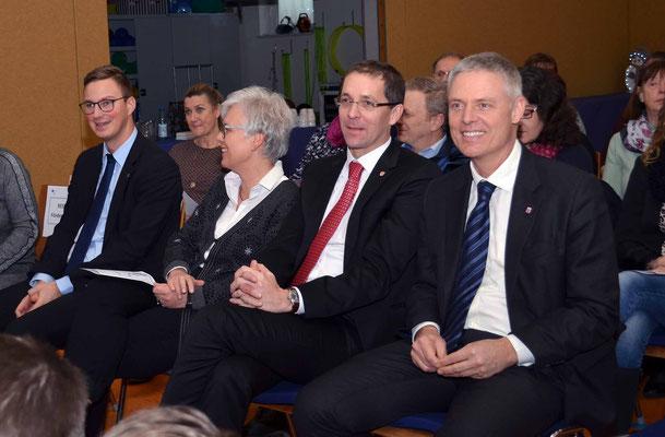 Die Honoratioren, von lks.: Herr Stenda, Frau Rabe, Herr Dr. Koch, Herr Dr. Lösel