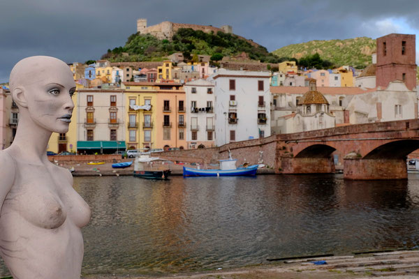Bosa, èattraversata dal corso del Temo, l'unico fiume navigabile della Sardegna (per circa 6 km),