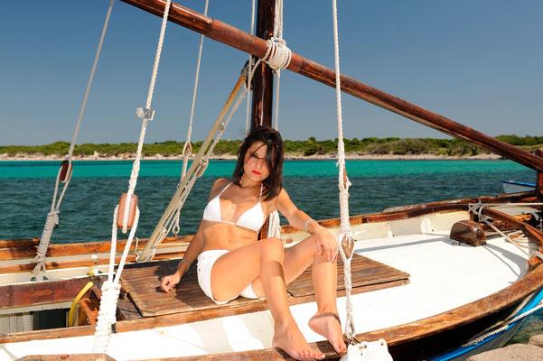 Model Carolina di Iglesias