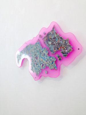 pool ! /  2014/W55×D1.5×H26㎝/釉薬 樹脂(glaze,acrylic)