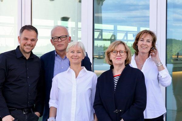 Veranstaltungsteam mit Dörte Hansen | (c) Jan Voth