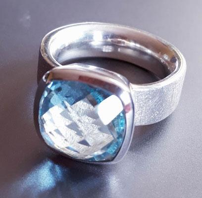 ring-blautopas(beh.)-kissenschliff-12x12mm-silber-sterling-925