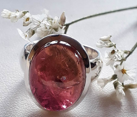 ring-sterling-silber-925-turmalin-unikat-beerentoene-rosa-weinrot-cabochon-17x13mm