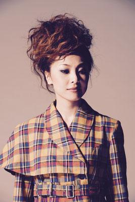 Make-up : Takehiko Imakoshi / Hair : Tadaaki Higashimura / Stylist : Haruna Shirasuna