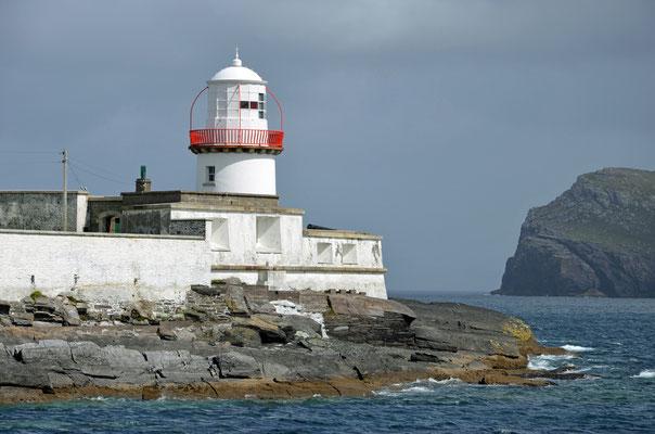 Cromwell Point Lighthouse: mit der Fähre erreichen wir den Leuchtturm am Cromwell Point auf der kleinen Insel Valentia Island.