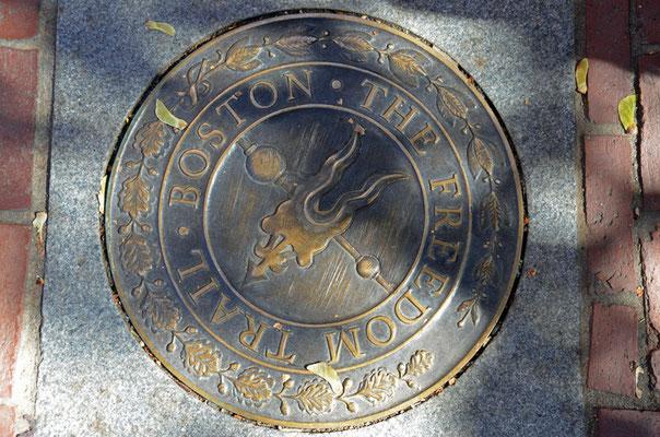 Bronze Markierung für den Freedom Trail.