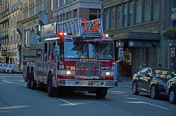 Firefighting Ladder Truck der Feuerwehr Boston.