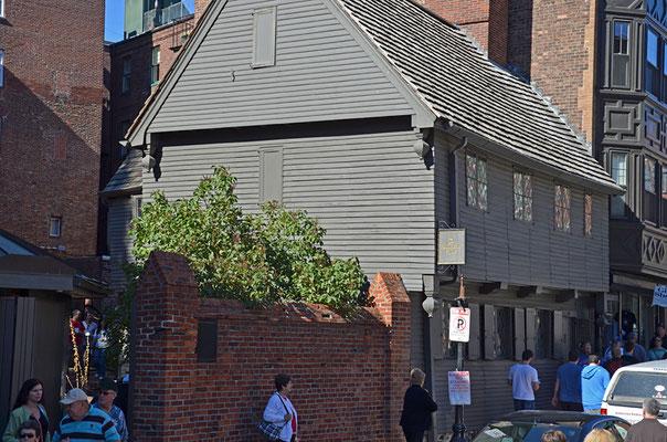 Das Haus des Bostoner Helden Paul Revere beherbergt heute ein Museum. Hier lebte er 30 Jahre. Es steht in der Straße Garden Court.