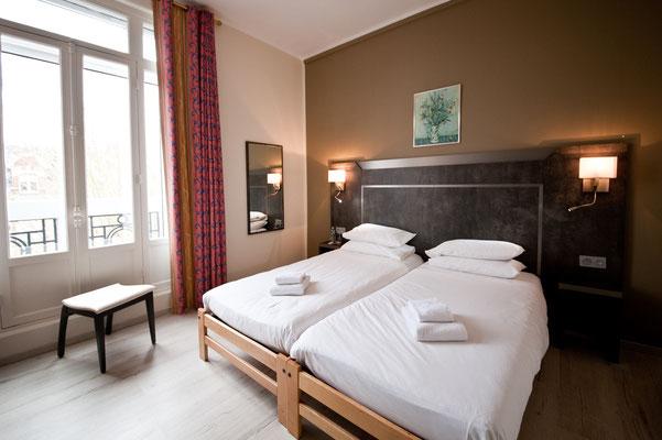 Komfortzimmer mit zwei Einzelbetten