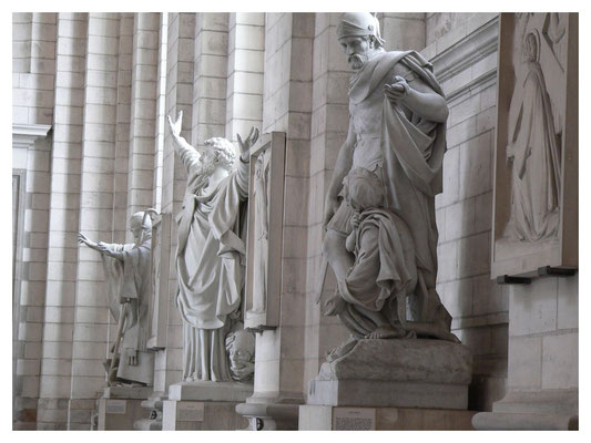 sculptures details