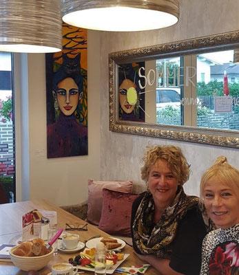Freundinnenfrühstück bei Annemarie. 2 x OSTTIROL VITAL. Ein Traum. Ein Genuss für Gaumen und Augen!