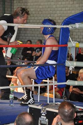 Aarau 09.04.2011 Kadri mit Trainer Beat Ruckli