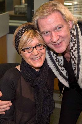 Schwelgten gemeinsam in alten Erinnerungen: Katrin Schirmer und Johnny Logan.
