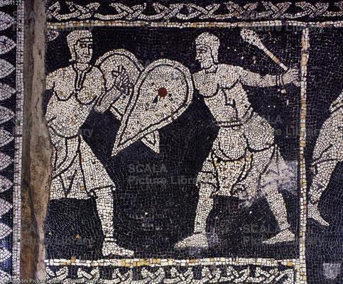 XIIe s. ; Basilique de San Savino, Piacenza, Italie ; Détail d'une mosaïque du presbytère ; Vertures Cardinales