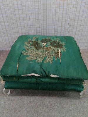 冬用座布団