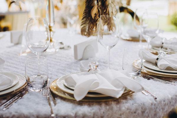 Tischdekoration Weiß Gold