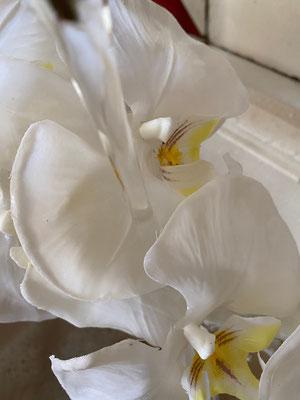 Entretien des fleurs artificielles
