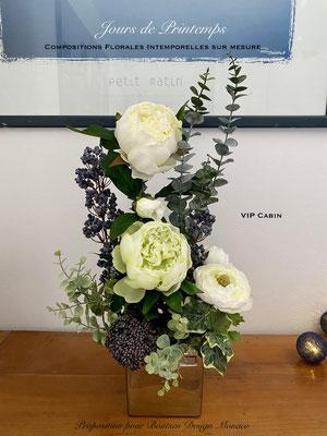 Composition florale intemporelle réalisée sur mesure