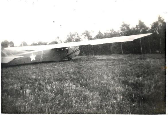 Een glider tijdens de bevrijding van Eindhoven met Operatie Garden, 17 september 1944 © Foto Collectie Oorlogsleven