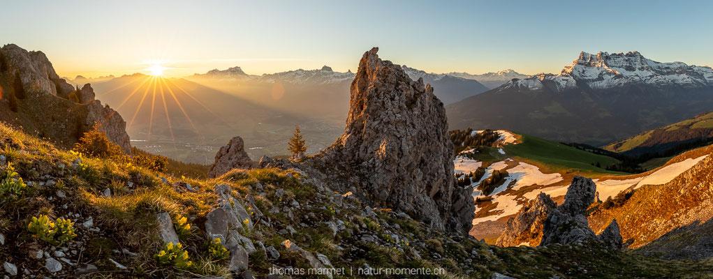 Sonnenaufgang über dem Rhonetal
